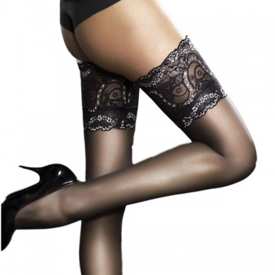Сексуальные чулки – неотъемлемый элемент женского гардероба в постели