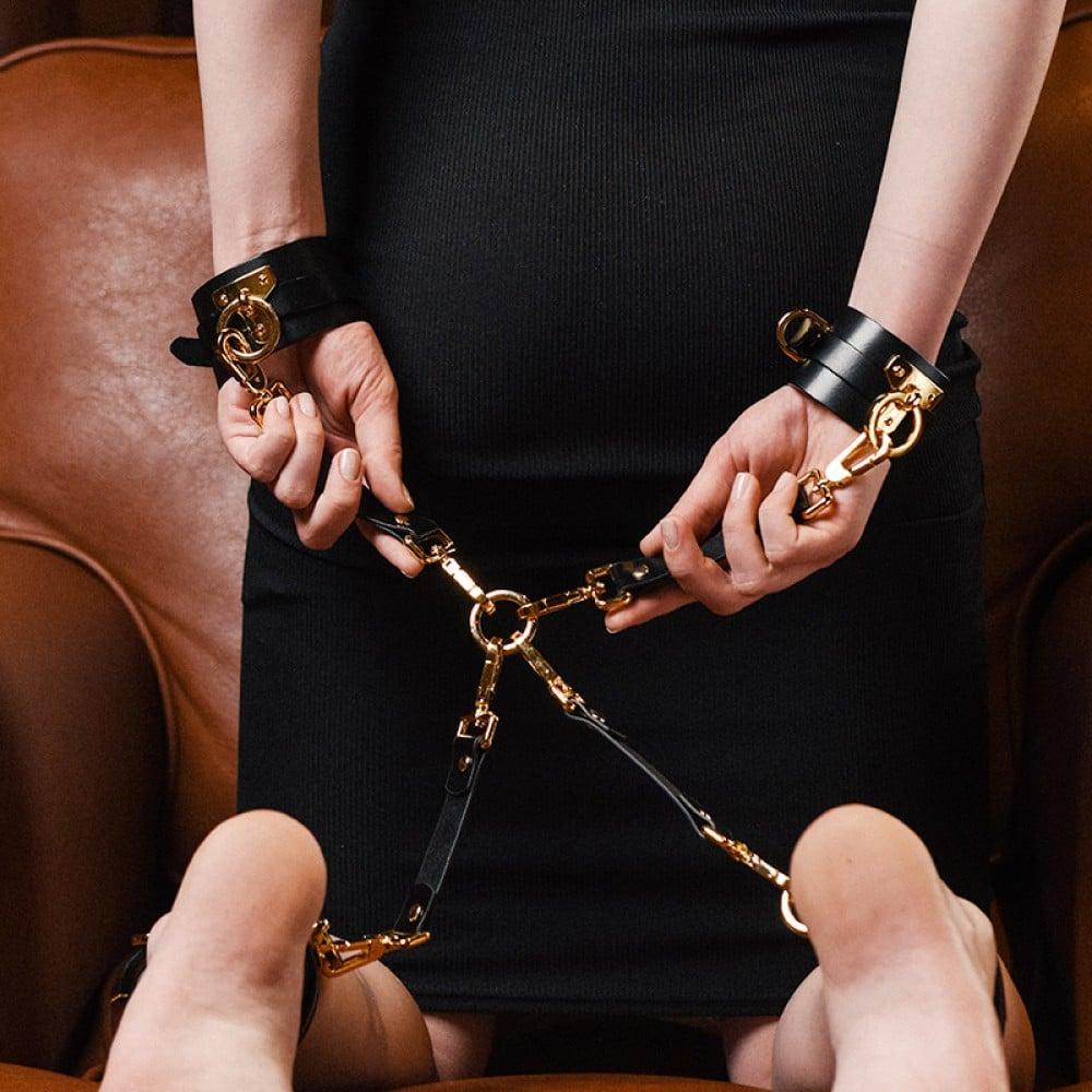 Хрестовина для наручників Bondage Boutique leather Hogtie UPKO (32443)