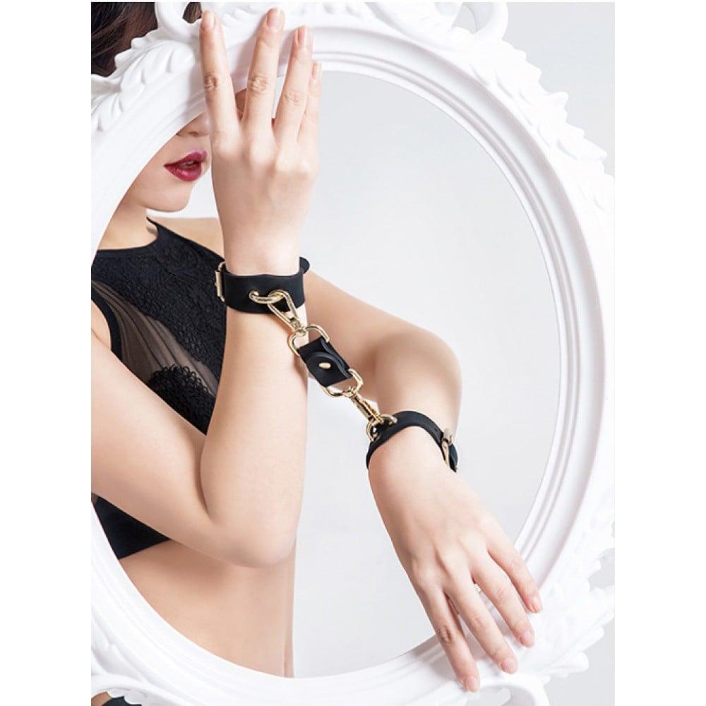 Набор наручники, поножи, кляп силикон Roomfun (33464), фото 14 — секс шоп Украина, NO TABOO
