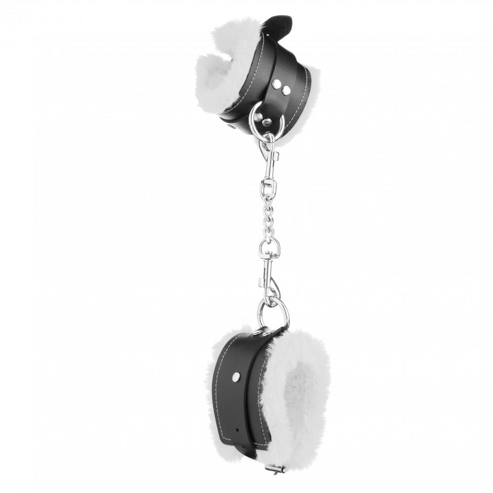 Стильные наручники из искусственной кожи с белым мехом (32829), фото 5