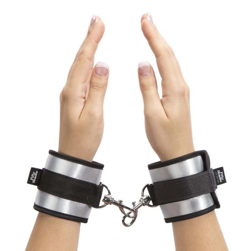 "Fifty Shades of Grey - Мягкие наручники ""Вся его"" (50 оттенков серого) (21194), фото 1 — секс шоп Украина, NO TABOO"