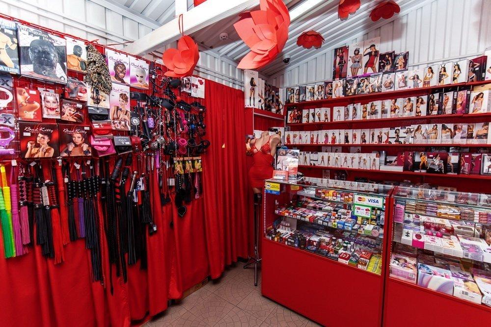 Фото покупателей из секс шопа фото 266-488