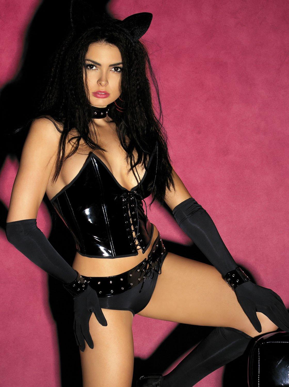 Фото 1 - Девушка в сексуальном костюме кошечки