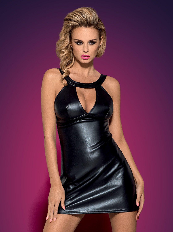 Фото 1 - Девушка в сексуальном черном платье